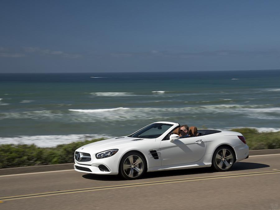 Car Reviews | Mercedes-Benz SL 400 | CompleteCar.ie