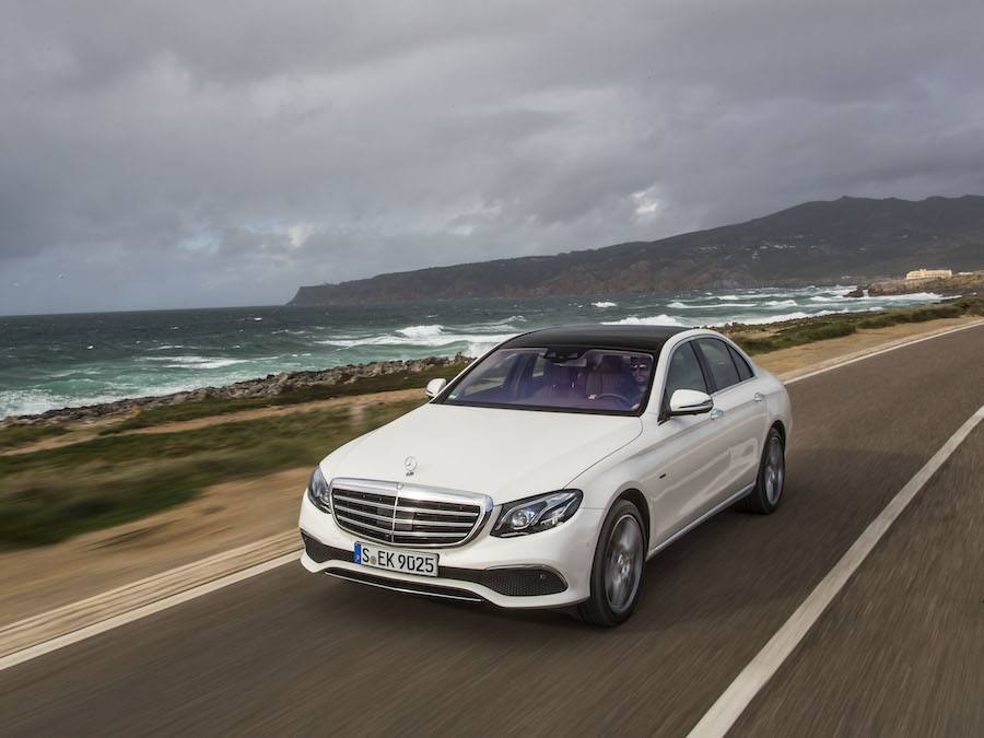 Car Reviews | Mercedes-Benz E 350e PHEV | CompleteCar.ie