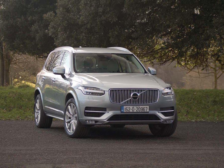 Car Reviews | Volvo XC90 D4 FWD | CompleteCar.ie