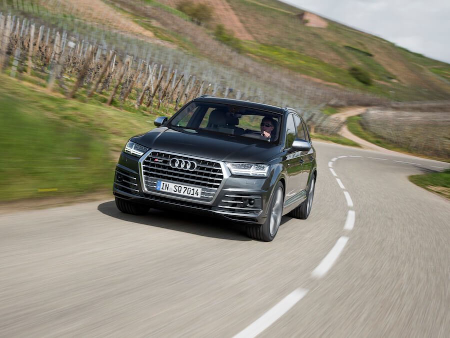 Car Reviews | Audi SQ7 TDI | CompleteCar.ie