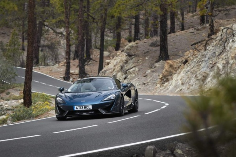 Car Reviews | McLaren 570GT | CompleteCar.ie