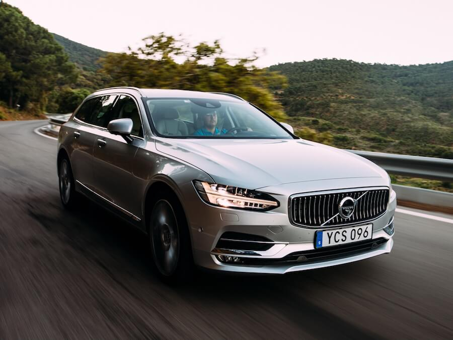 Car Reviews | Volvo V90 | CompleteCar.ie