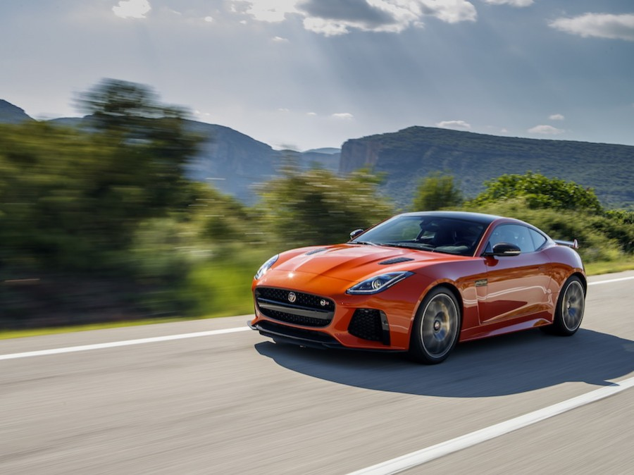 Car Reviews | Jaguar F-Type SVR | CompleteCar.ie