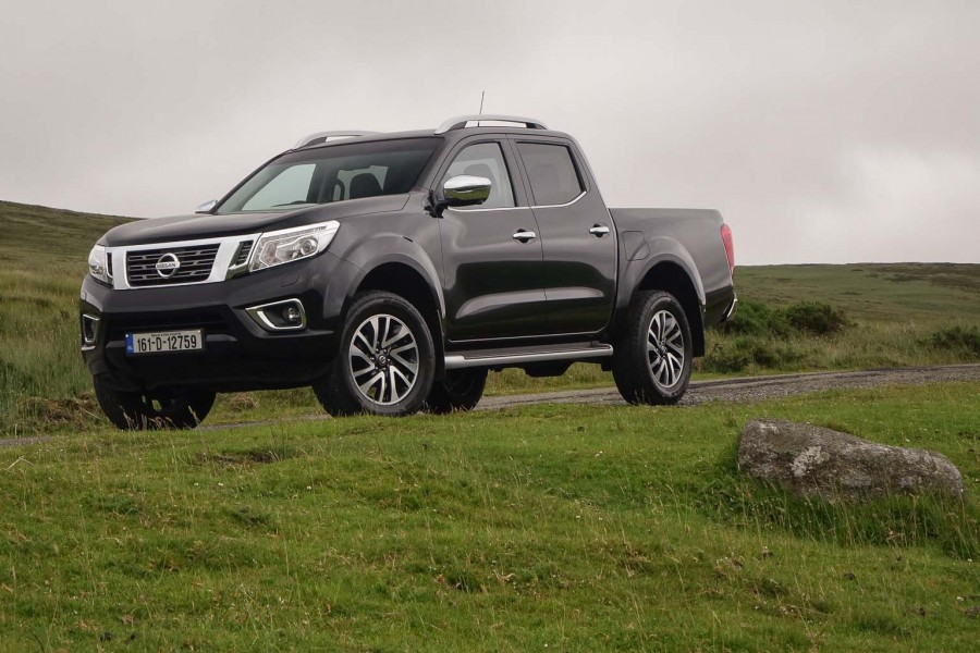 Car Reviews | Nissan NP300 Navara | CompleteCar.ie