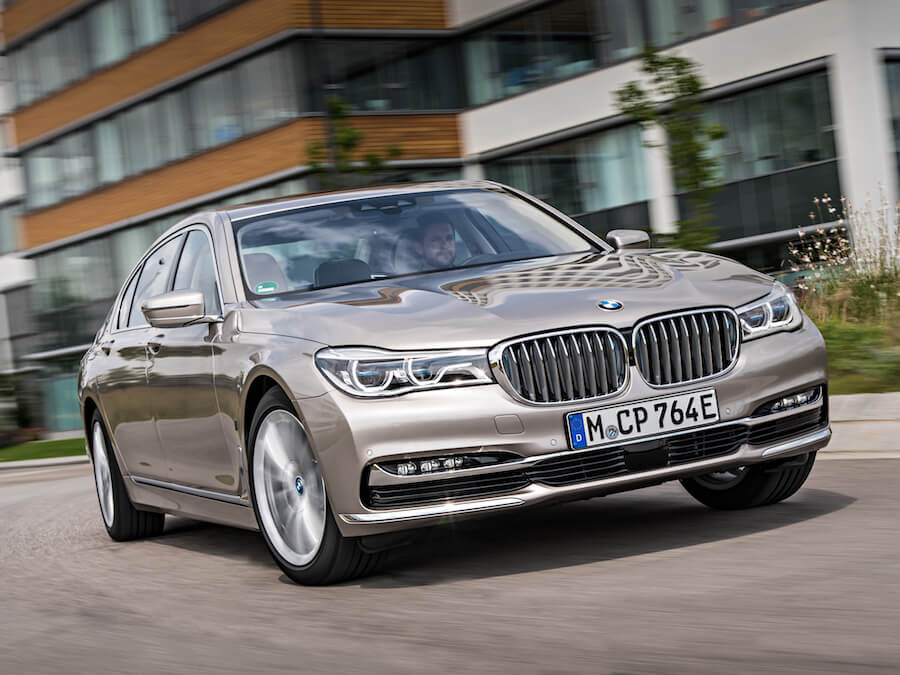 Car Reviews | BMW 740e iPerformance | CompleteCar.ie