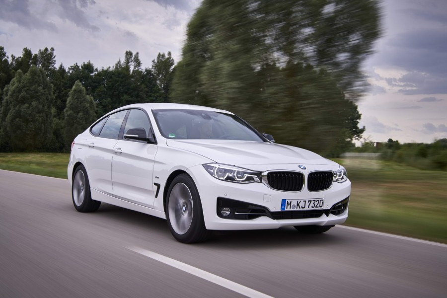 Car Reviews | BMW 340i Gran Turismo | CompleteCar.ie