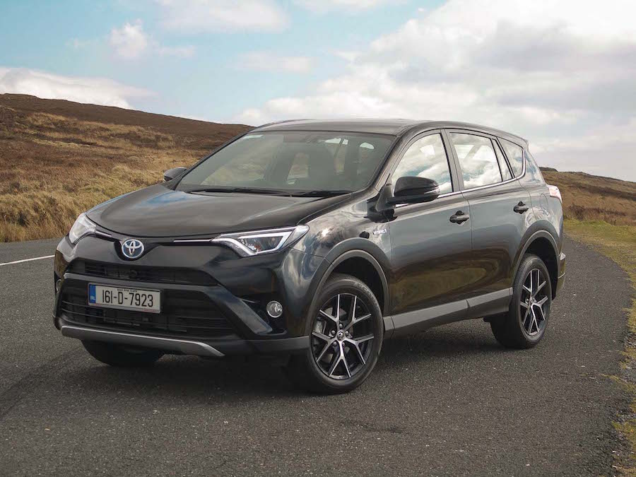 Car Reviews | Toyota RAV4 Hybrid | CompleteCar.ie
