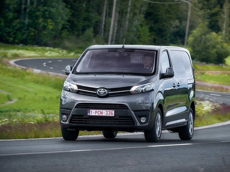 Car Reviews | Toyota Proace | CompleteCar.ie