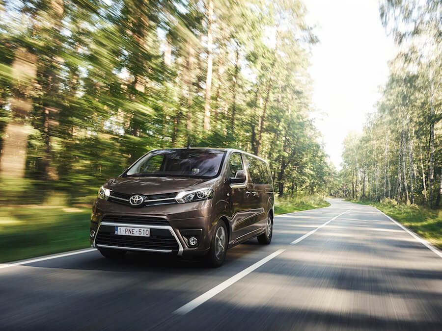 Car Reviews | Toyota Proace Verso | CompleteCar.ie