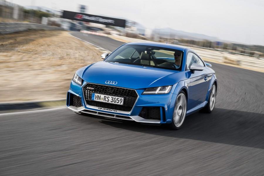 Car Reviews   Audi TT RS Coupe   CompleteCar.ie