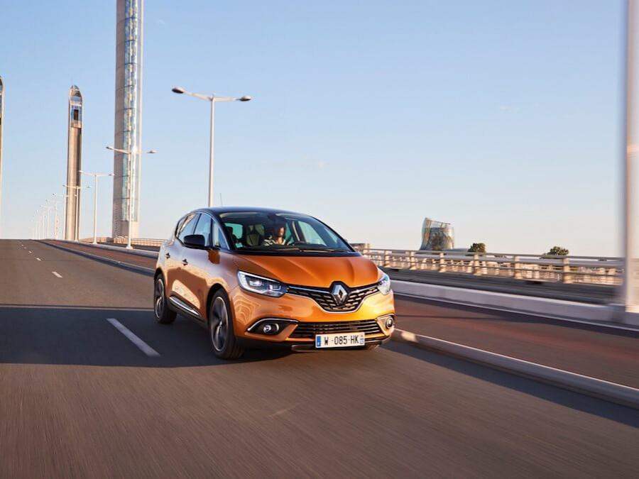 Car Reviews   Renault Scenic   CompleteCar.ie