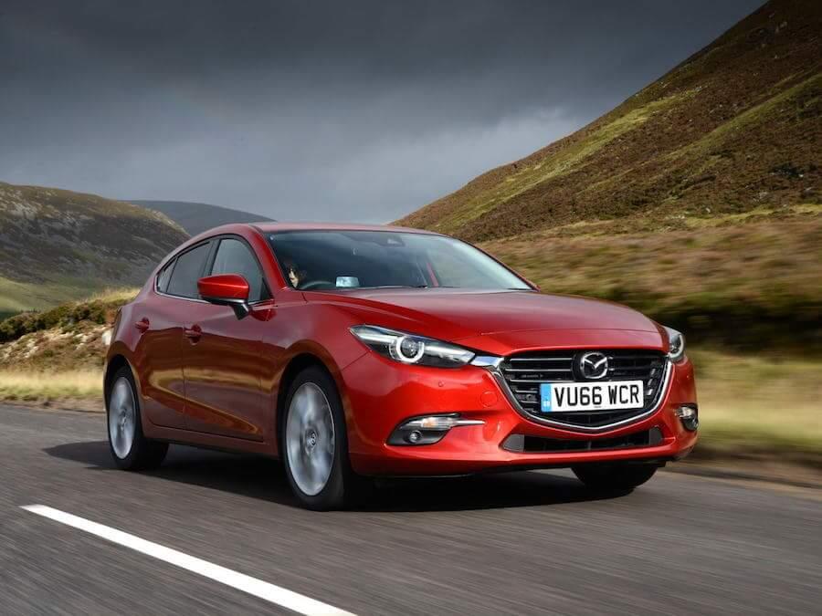 Car Reviews | Mazda 3 1.5 SkyActiv-D | CompleteCar.ie