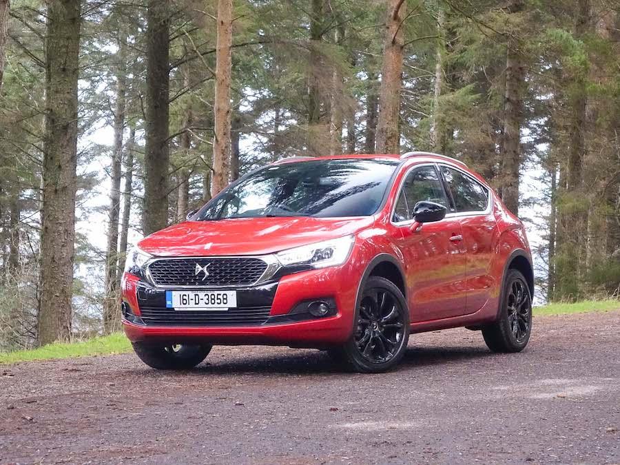Car Reviews | DS 4 Crossback | CompleteCar.ie