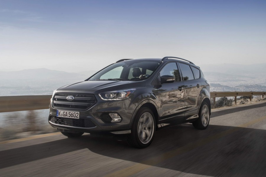 Car Reviews | Ford Kuga ST-Line | CompleteCar.ie