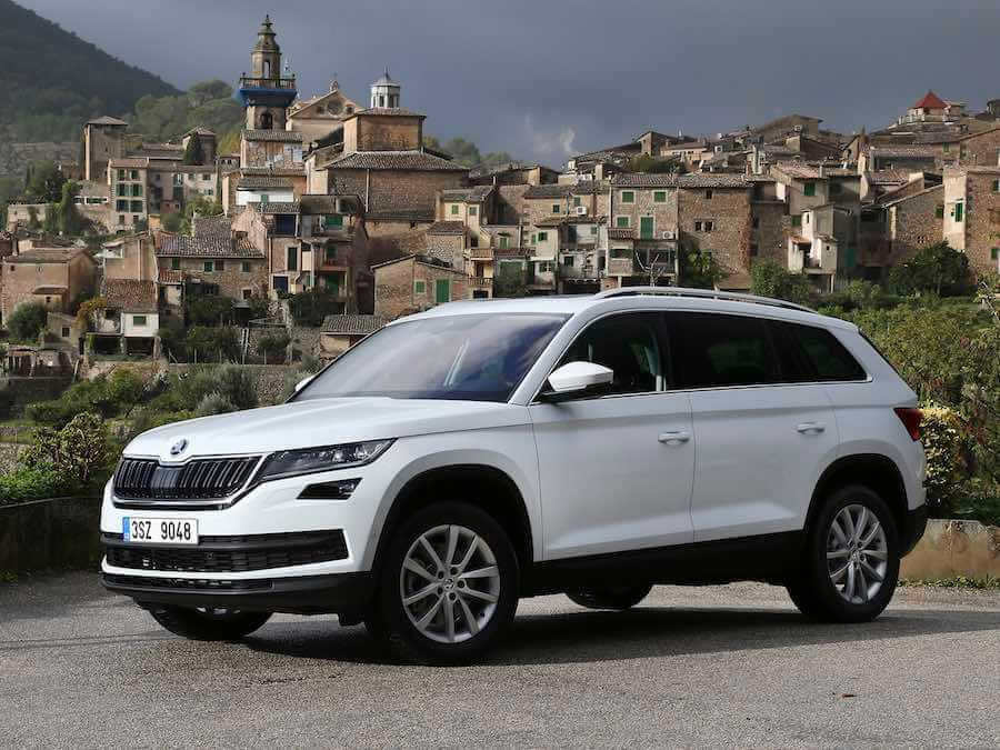 skoda kodiaq 2 0 tdi 190 dsg 4x4 reviews complete car. Black Bedroom Furniture Sets. Home Design Ideas
