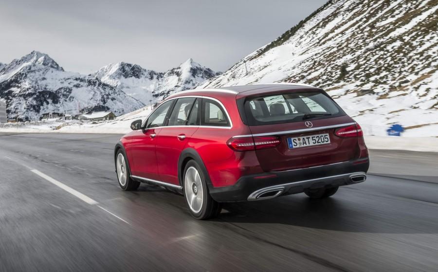 Car Reviews | Mercedes-Benz E-Class All-Terrain | CompleteCar.ie