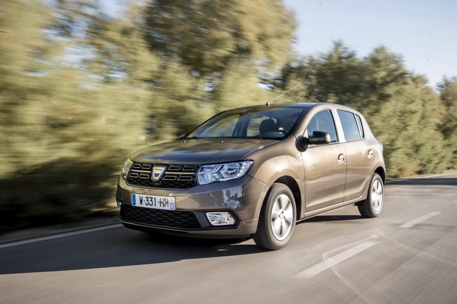Car Reviews | Dacia Sandero 1.0 SCe | CompleteCar.ie