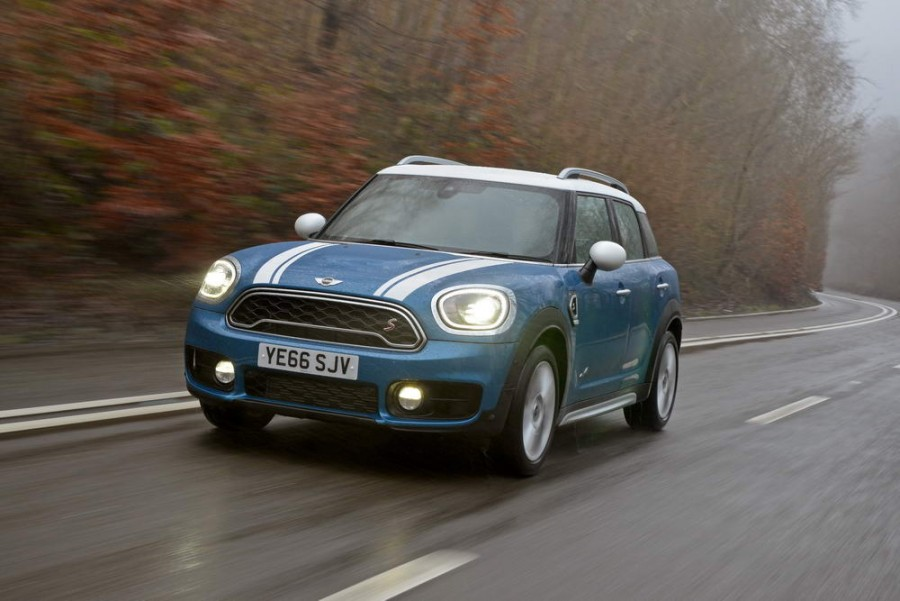 Car Reviews | MINI Countryman Cooper S ALL4 | CompleteCar.ie