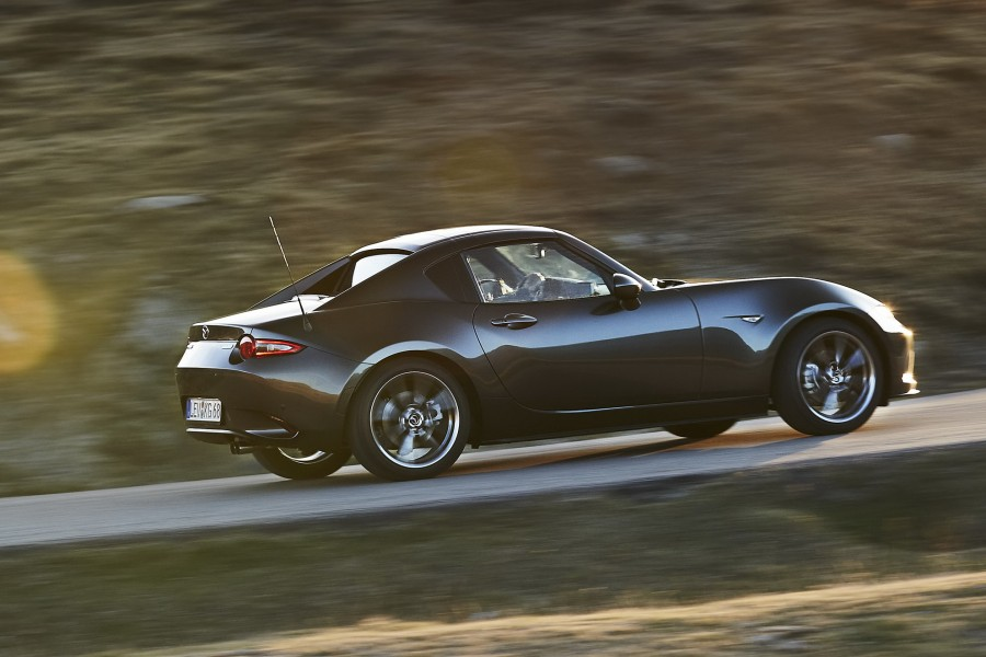 Car Reviews | Mazda MX-5 RF | CompleteCar.ie