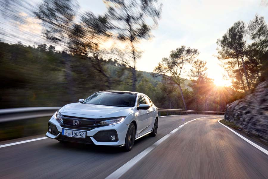 Car Reviews | Honda Civic 1.5 VTEC Turbo | CompleteCar.ie