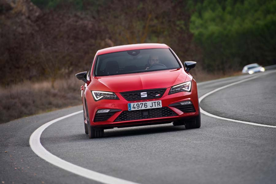 Car Reviews | SEAT Leon Cupra 300 | CompleteCar.ie