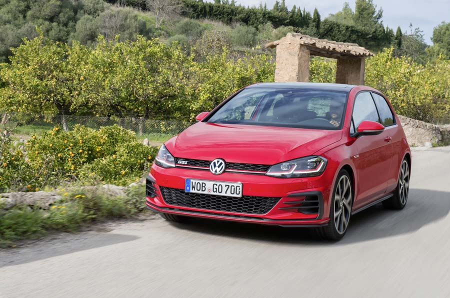 Car Reviews | Volkswagen Golf GTI | CompleteCar.ie