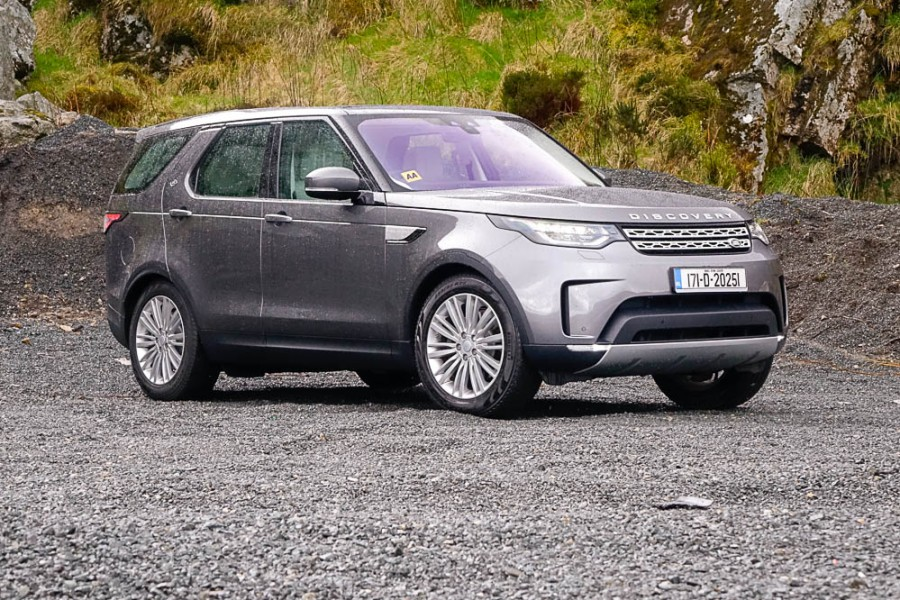 Car Reviews | Land Rover Discovery Sd4 | CompleteCar.ie
