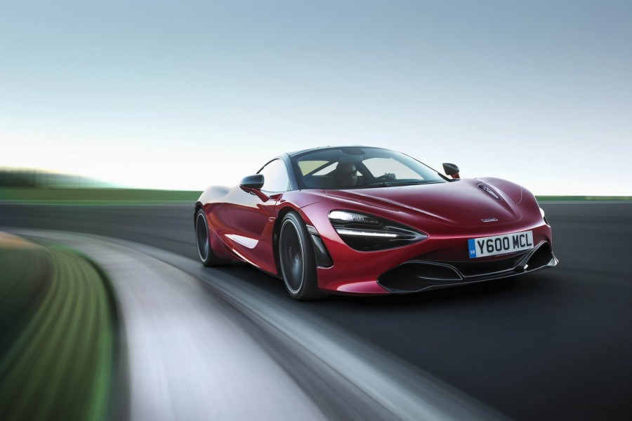 Car Reviews | McLaren 720S | CompleteCar.ie