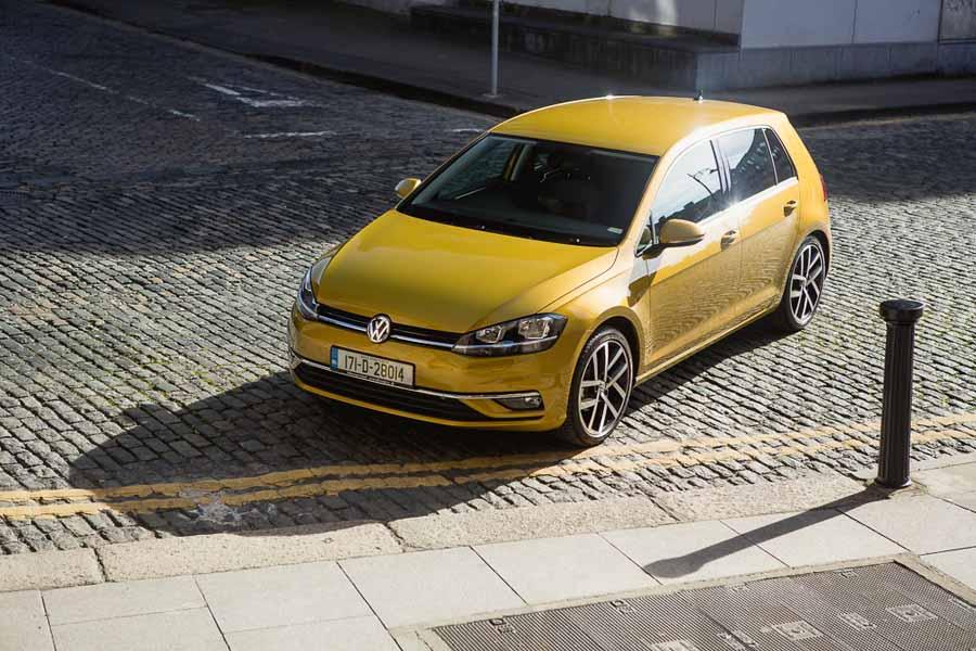 Car Reviews | Volkswagen Golf 1.0 TSI | CompleteCar.ie