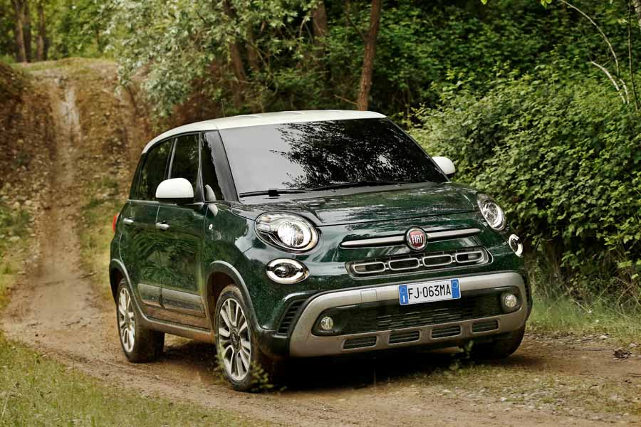 Fiat 500l Cross 1 6 Diesel Reviews Complete Car