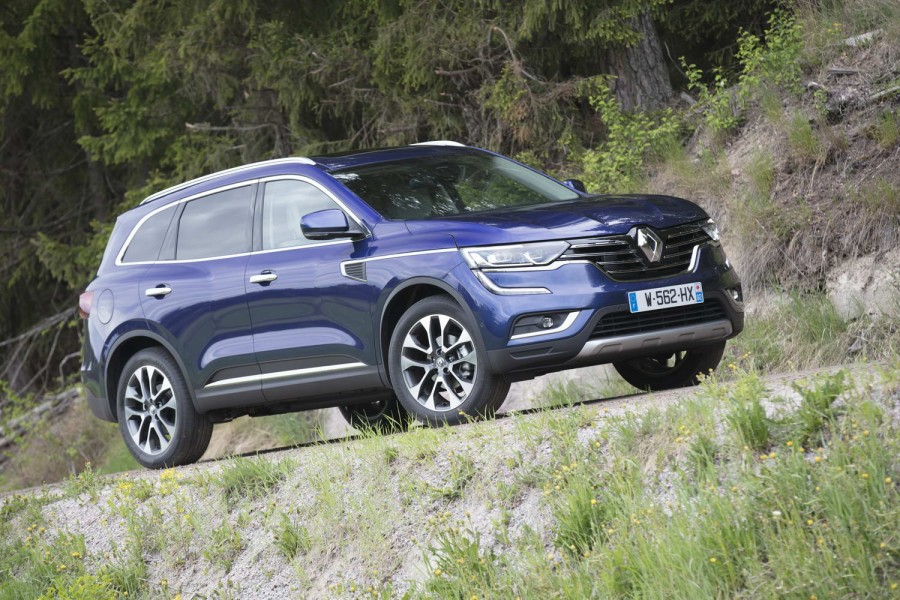 Car Reviews | Renault Koleos 1.6 diesel | CompleteCar.ie