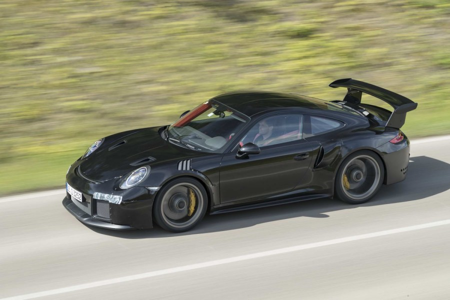Car Reviews | Porsche 911 GT2 RS | CompleteCar.ie