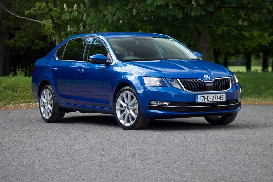 Car Reviews | Skoda Octavia 2.0 TDI | CompleteCar.ie