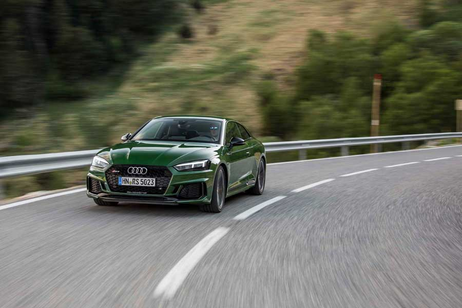 Car Reviews | Audi RS 5 | CompleteCar.ie