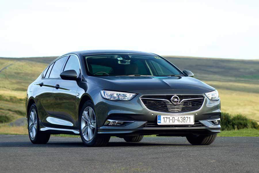 Opel Insignia Grand Sport 2.0 diesel | Reviews | Complete Car