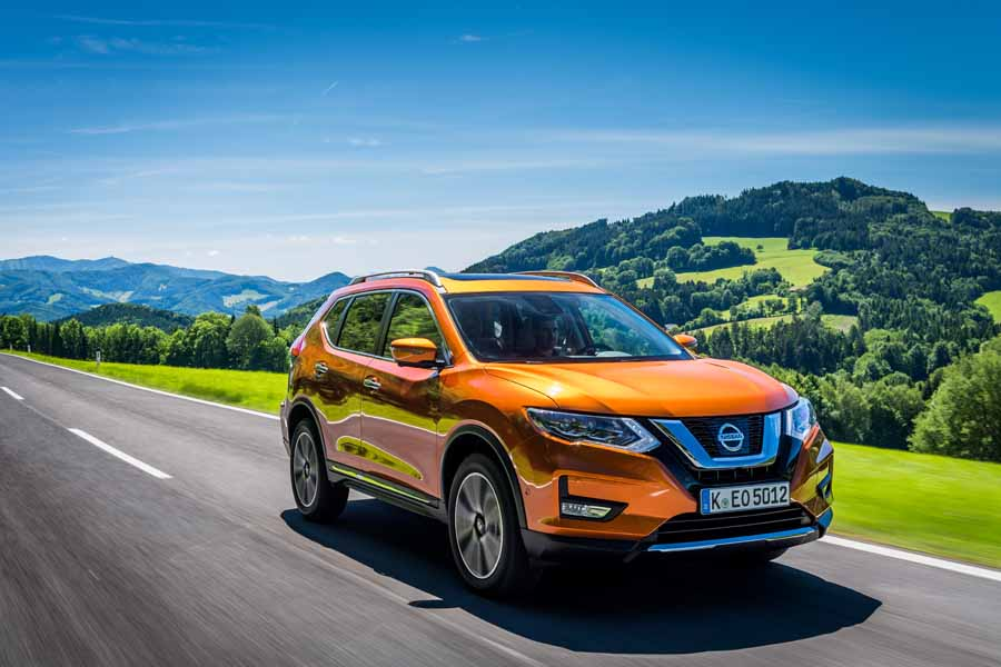 Car Reviews | Nissan X-Trail 2.0-litre diesel | CompleteCar.ie