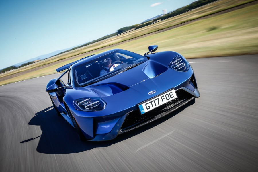 Car Reviews | Ford GT | CompleteCar.ie