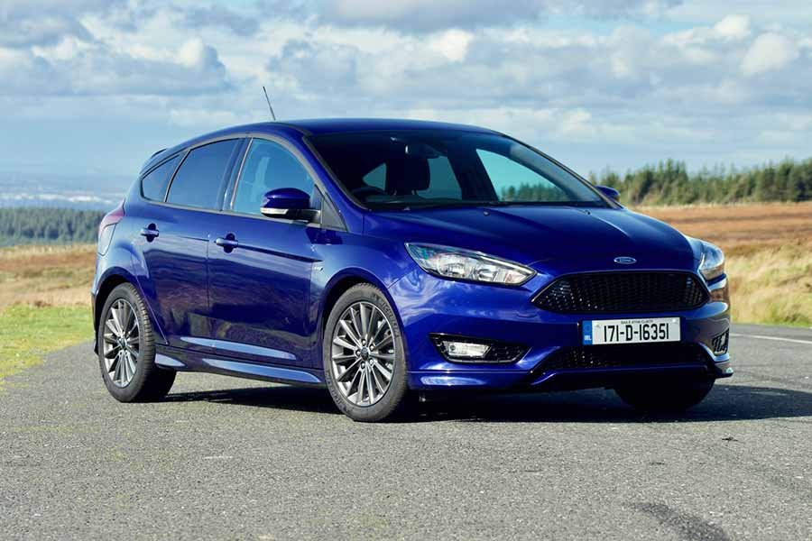 ford focus st line reviews complete car. Black Bedroom Furniture Sets. Home Design Ideas