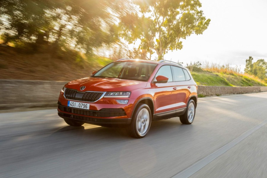 Car Reviews | Skoda Karoq 1.6 TDI diesel | CompleteCar.ie