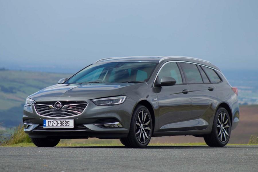 Car Reviews   Opel Insignia Sports Tourer 1.5 petrol   CompleteCar.ie