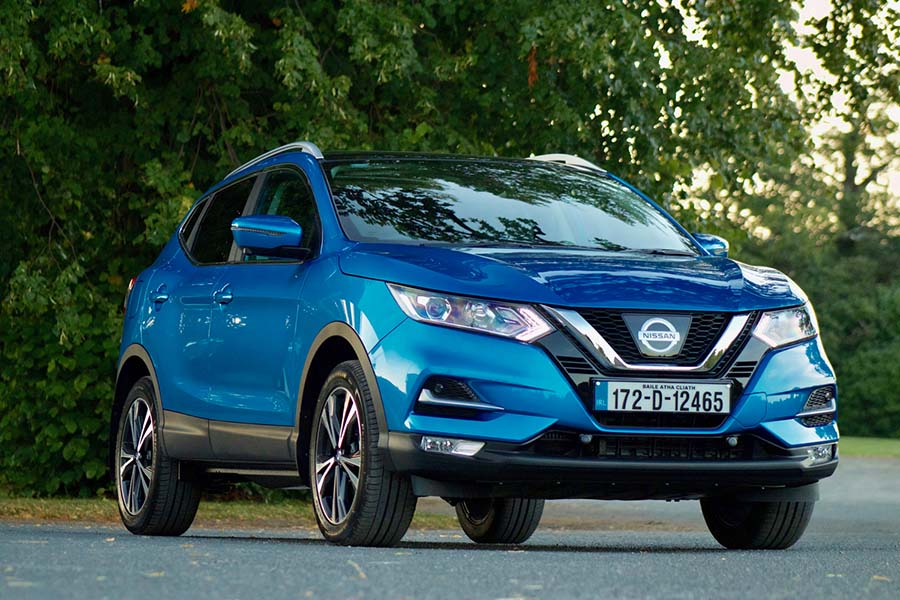 Car Reviews | Nissan Qashqai 1.2 petrol | CompleteCar.ie