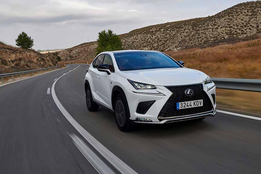Car Reviews | Lexus NX 300h | CompleteCar.ie