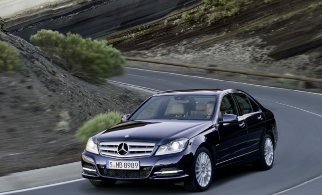 Car Reviews | Mercedes-Benz C-Class | CompleteCar.ie