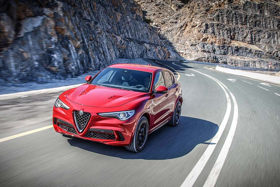 Alfa Romeo Stelvio Quadrifoglio Reviews Complete Car