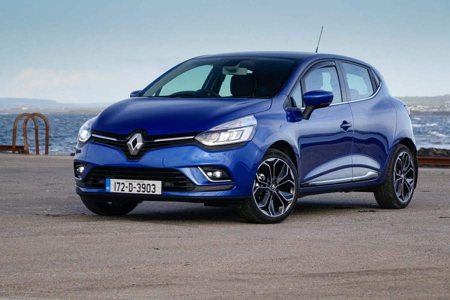 Car Reviews | Renault Clio TCe 90 | CompleteCar.ie