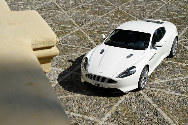 Car Reviews | Aston Martin Virage | CompleteCar.ie