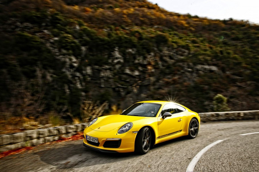 Car Reviews | Porsche 911 Carrera T | CompleteCar.ie