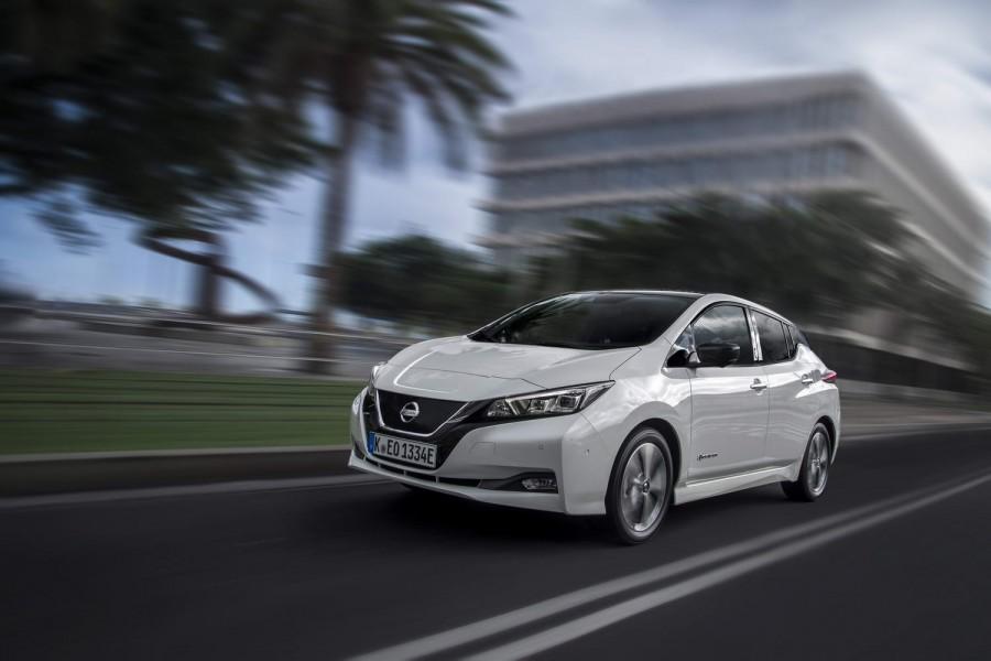 Car Reviews | Nissan Leaf 40kWh | CompleteCar.ie