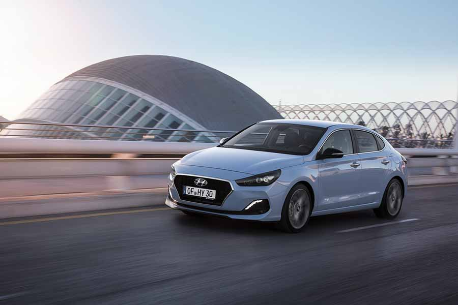 Car Reviews | Hyundai i30 Fastback 1.0 T-GDI petrol | CompleteCar.ie