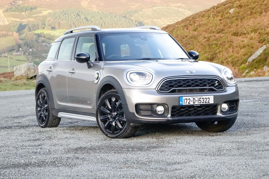 Car Reviews | MINI Countryman Cooper S E ALL4 | CompleteCar.ie